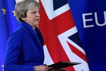 Пред Великобритания се открива светло бъдеще, уверена е Мей